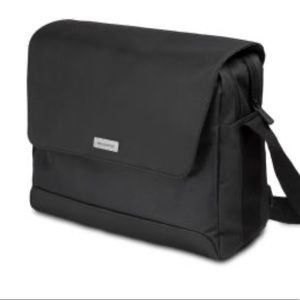 Moleskine Nomad Messenger College Bag Laptop Black